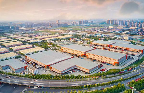 安身大虹桥,走向全球化,宇培世界控股迈向千亿级服务业领军企业