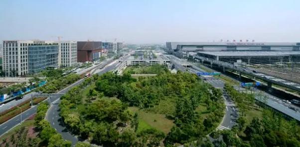 虹桥商务区管委会与中国银行上海市分行深化战略合作