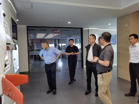 管委会领导调研北斗西虹桥基地、 新虹桥国际医学中心